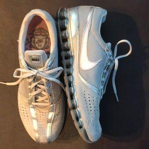 Nike shox running shoes, pink